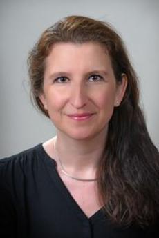 Corinne - Učitel francouzštiny - Kolín
